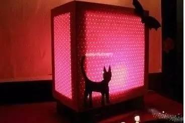 废旧纸箱废物利用手工制作漂亮台灯