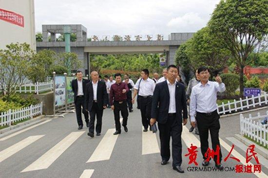 绥阳县风华镇中心校赴遵义、新乡取真经贵阳高中那些低分数图片