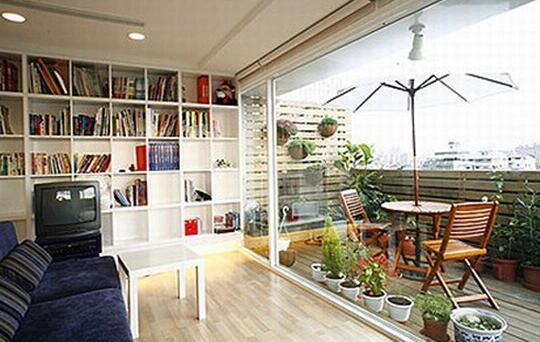 客厅与阳台间做不做隔断