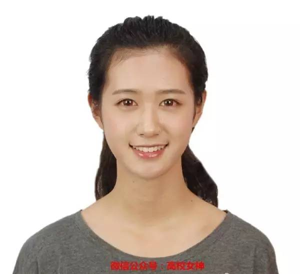 http://mt.sohu.com/20160512/n449041521.shtml mt.sohu.com true 猫讯高校女神 http://mt.sohu.com/20160512/n449041521.shtml report 4895 今天要给大家介绍的这位漂亮妹子,名叫朱可人,身高174,天蝎座,1996年10月出生,来自浙江宁波,毕业于中国戏曲学院。朱可人,人如其名,可爱的人,称心如意的人