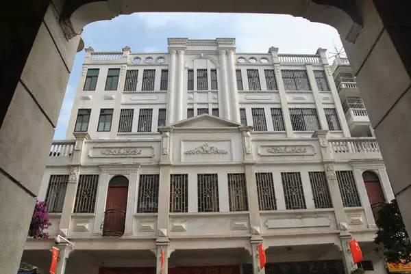 两广交界有个岁月静好的小城,像老广州 像老上海 像老香港 像老厦门