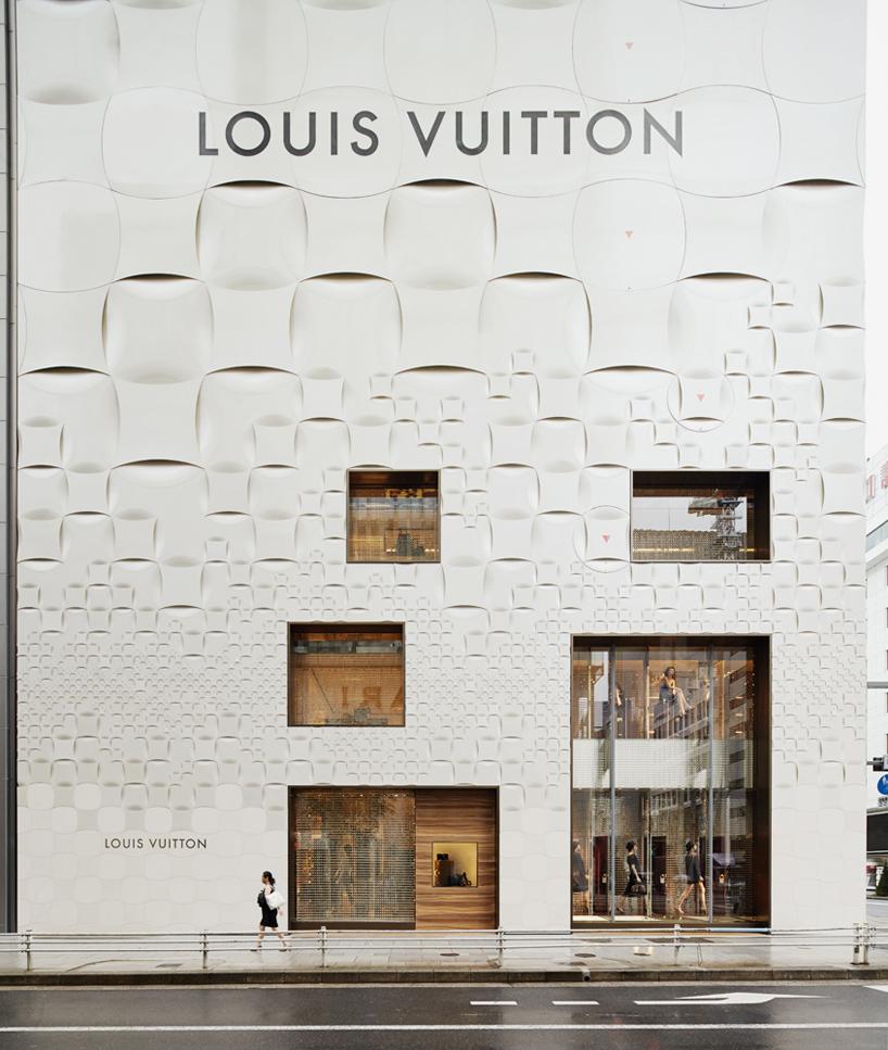 外立面带有图案的路易威登专营店【设计邦·场】图片