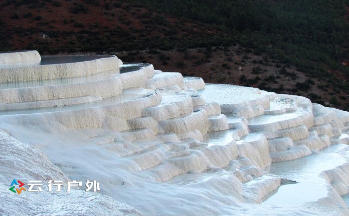 中国最大的泉水台地之一香格里拉白水台 图文攻略