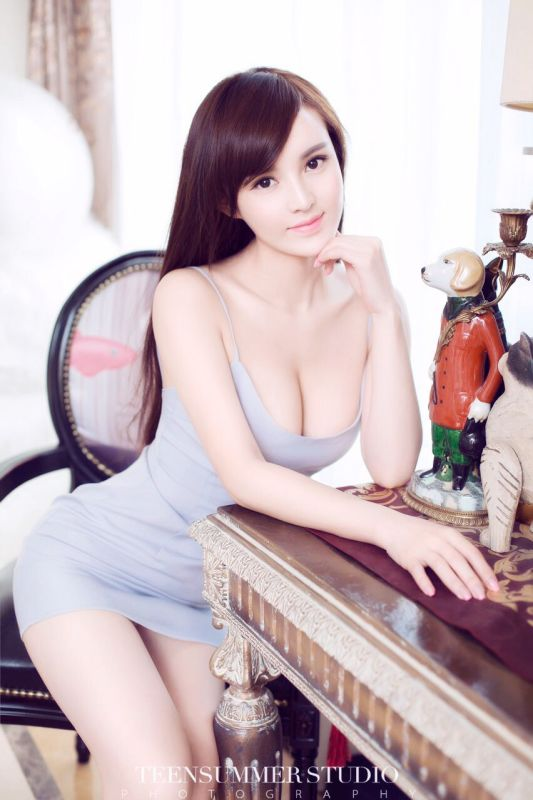 网络红人欧阳梦辰时尚圈的女王