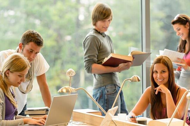 还原真实的美国寄宿高中的一天生活-美国高中网