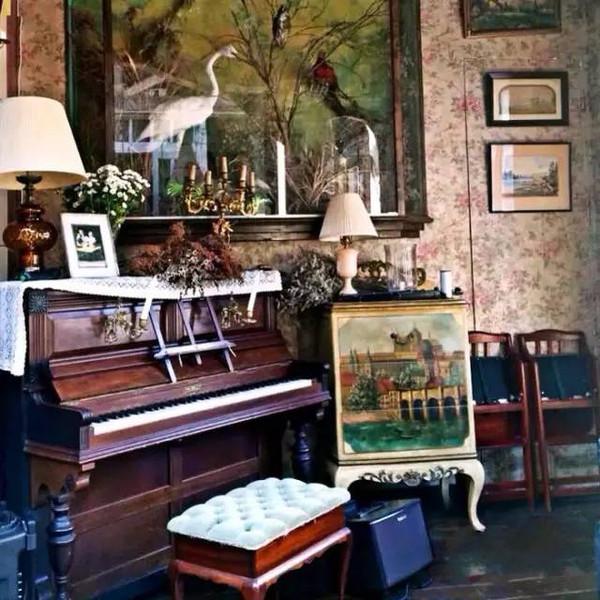 欧式古董家具营造的氛围