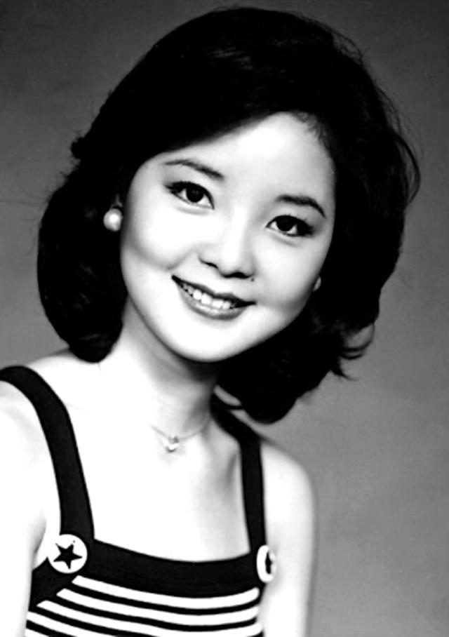 老照片:七十年代的邓丽君