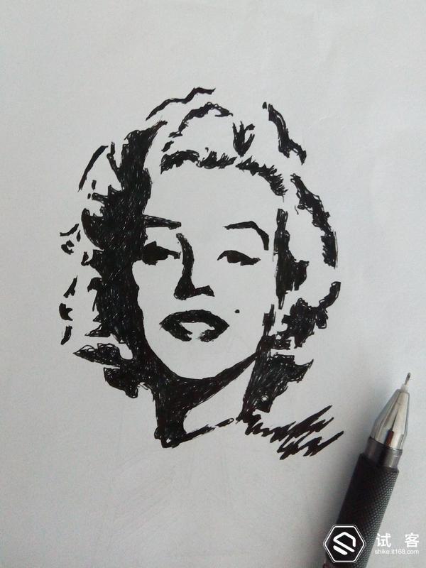 临摹的图,我用的圆珠笔,原图好像是用彩铅画的 3,总会在书里
