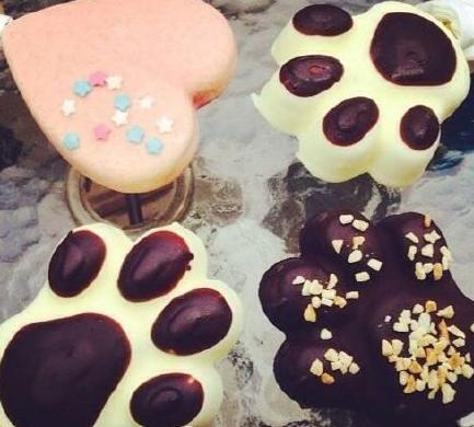 ~   脆皮巧克力雪糕杯   韩国的remicone冰淇淋   一位韩国妹子的花朵创意雪糕   爱贝里意大利手工熊掌冰糕