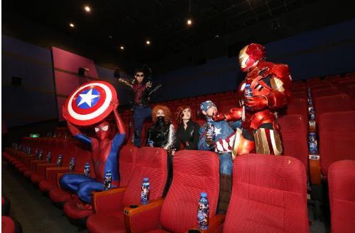 影院举办《美队3》大型主题cosplay派对图片
