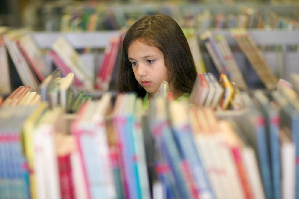 图书馆一游 千万不要错过了讲故事,看书的好机会哦.