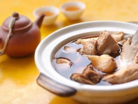 新加坡肉骨茶的由来以及标准吃法 - 微信公众平