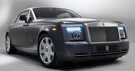 汽车 正文    世界十大名车包括劳斯莱斯(rolls-royce),宾利(bentley)