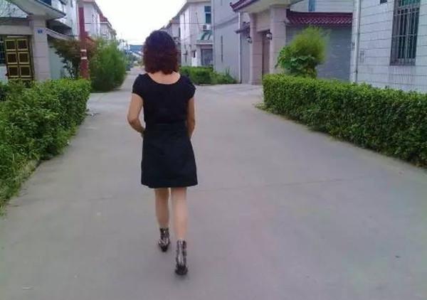 她每天走2万步,竟教程这个病!爱暴走的得了要quicktime朋友安装图片