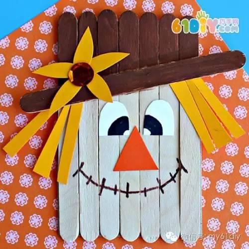 雪糕棒 拼贴画 可爱的 小鸡: 手工材料:雪糕棒,卡纸,胶水,活动眼睛
