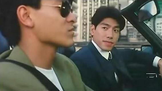 刘德华也饰演过不少古惑仔系列的电影,从《龙在边缘》,《龙在江湖》