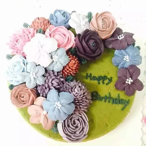 橡皮泥手工制作图片蛋糕带花盆