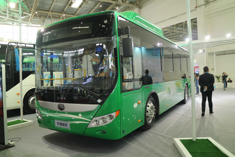 公共汽车儿童画
