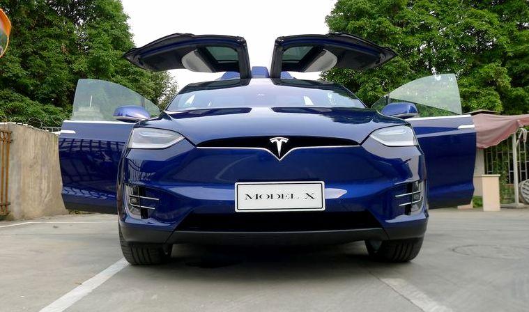 特斯拉首款SUV中国开售 车拍先睹高清图片