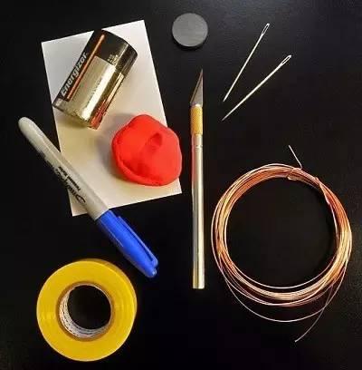 如何制作简单的电动机?|?科学?diy