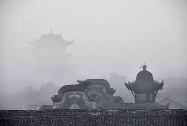 一个视频带你回到90年代的李庄,去见林徽因梁思成!图片