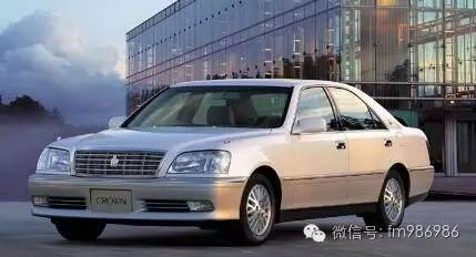 """【第十二代皇冠:2003-2008年】基于""""零皇冠""""概念打造,这意味着高清图片"""