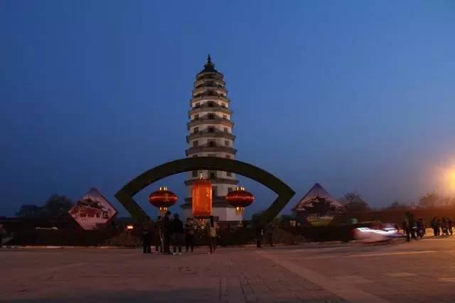 河北四宝 铁狮子,定州塔,赵州桥,大菩萨
