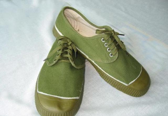 解放鞋陪伴了解放军半个多世纪