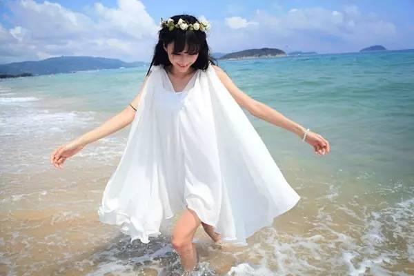 山东夏天最热的时候,穿什么色儿的衣服最凉快