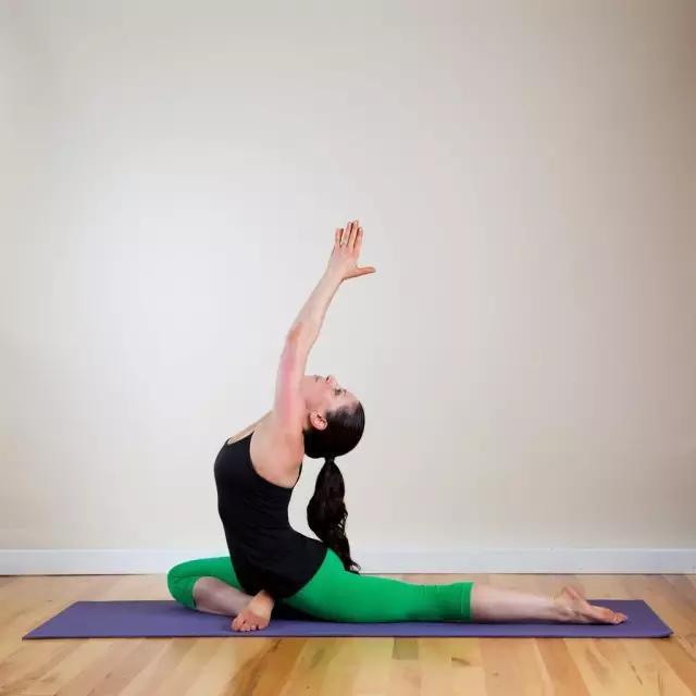 恋上你的臀——放松臀部的瑜伽体式系列图片
