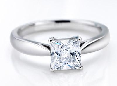 钻石戒指颜色级别是怎么分的