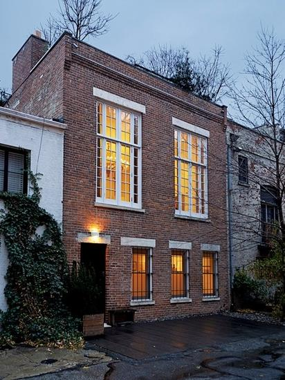 12X14米农村别墅,红砖外墙红屋顶,7室3厅,美观实用 提供