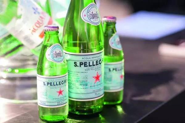 测评  市面上不同品牌矿泉水能喝出什么区别?图片