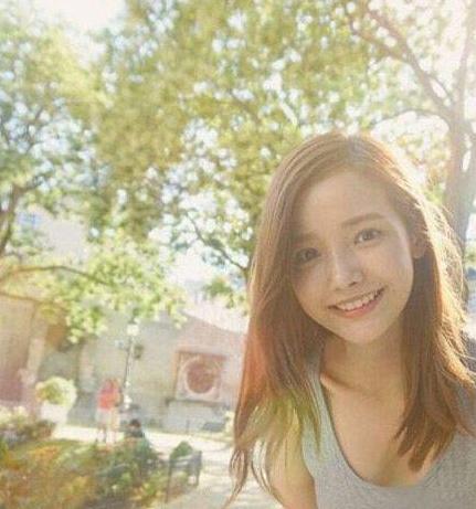 现在流行龟头韩国长发女生这8款中最爱发型唇膏型图片