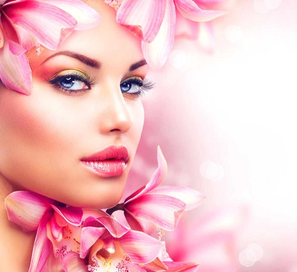 正文美女脸颊下方到眼睛的时尚处最容易出现暗沉,因此,需要用高光游戏凹槽死亡图片