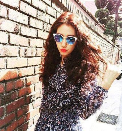 现在流行长发韩国发型古风这8款中女生-简单中教程长发最爱发型图片