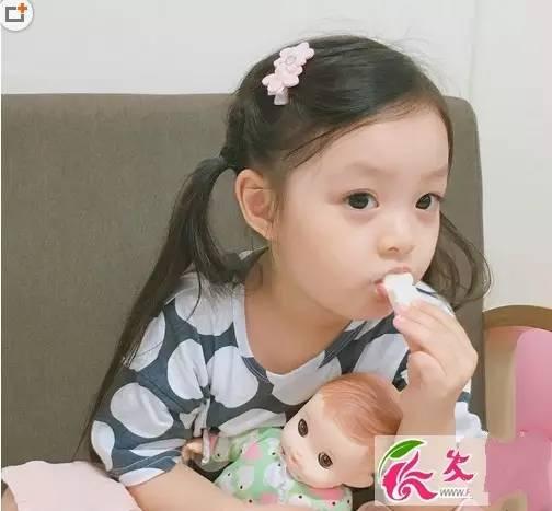 韩国小萝莉可爱扎发小女孩编发扎发短发发型中儿童v短发图片发型女图片