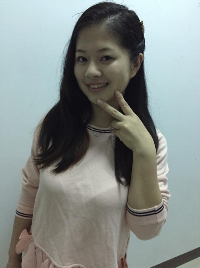 侗族女孩发型照片时尚清晰自然素颜我生涯妓女的在线阅读图片