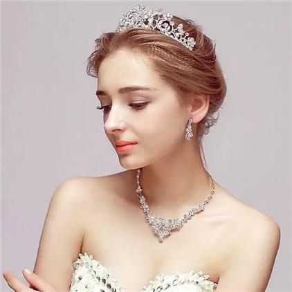 绝世美人新娘皇冠造型图片