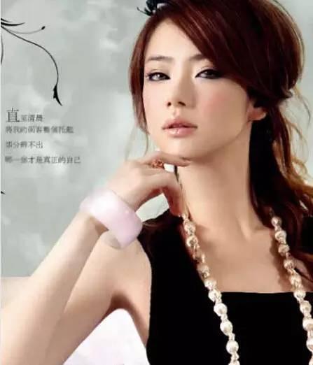 韩国短发女星高俊熙图片