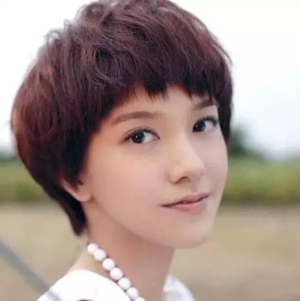 中国短发女演员图片