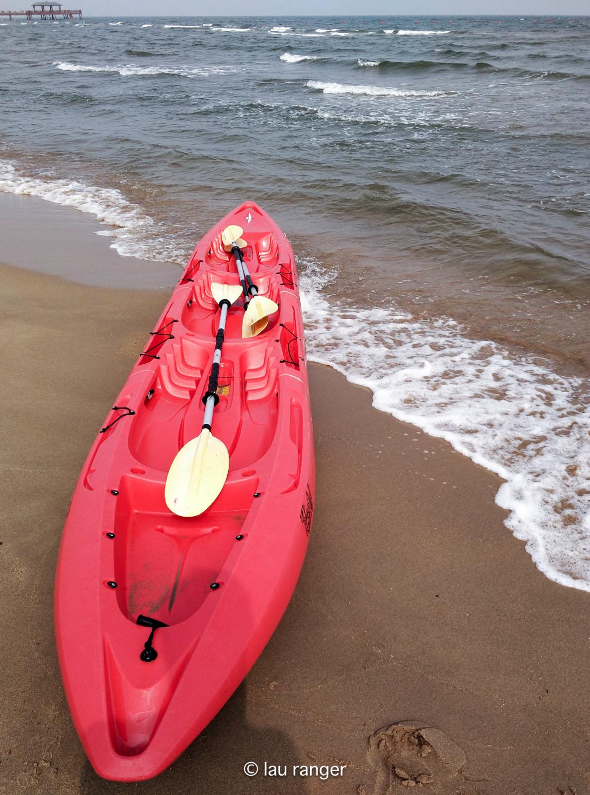 除了快艇,这里还有台球,皮划艇,水上帆船等v快艇项目.乔凤伟乔氏摩托图片
