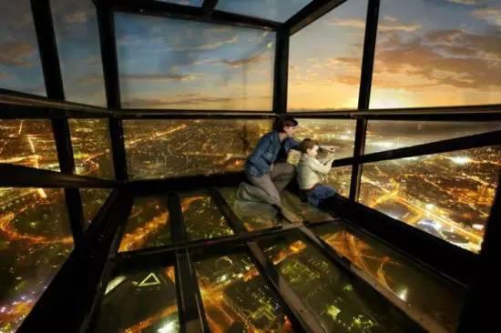盘点世界上令人眼晕的玻璃观景台
