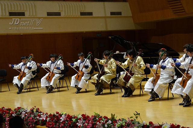 万马奔腾 齐 宝力高野马马头琴乐团成立30周年图片