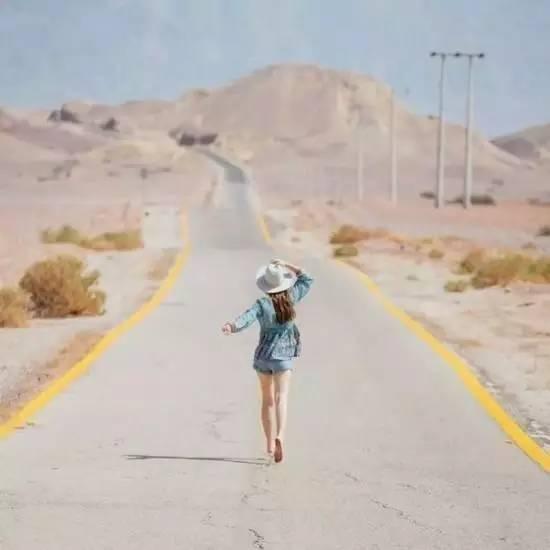 多去旅行,少去旅游!