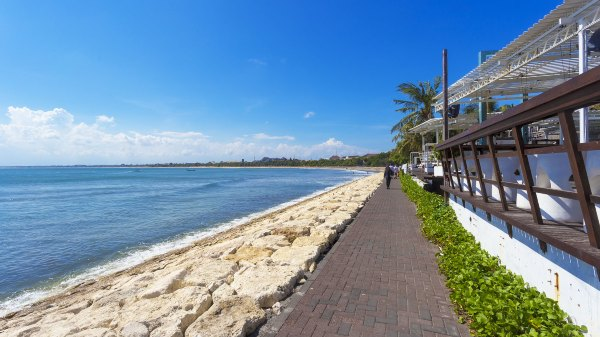 巴厘岛库塔海滩,南纬8°的遇见【世园海岛游】