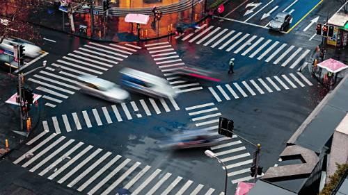 在美国开车和中国开车有什么不同?