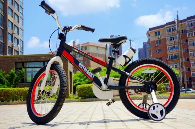 设计用料足够用心的儿童自行车,让孩子的骑行更加