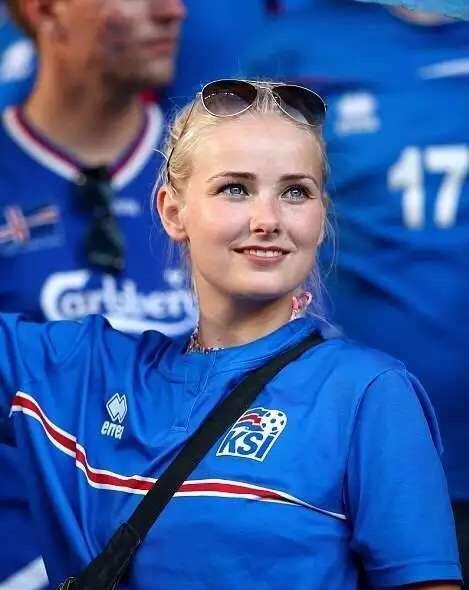 此次欧洲杯,有多达3万名冰岛球迷会随队出征