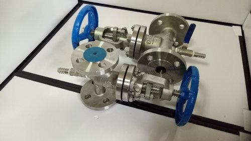 三通截止阀 三通抗生素截止阀 是属于同一种截止阀图片